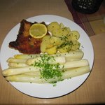Asparagus with Schnitzel