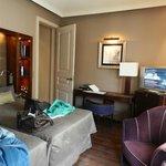 room 212 - 375 euro / night incl BF