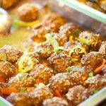 Köfte (turkish meatballs with sesame)