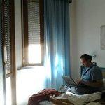 una delle stanze dell'albergo