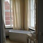 My lovely bathroom!!