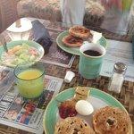 Frühstück mit Geschirr ;-))