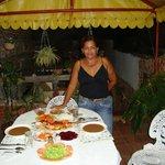 repas délicieux servi par Lidia sur la terrasse