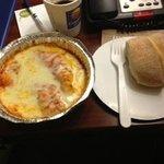 manicotti and bread