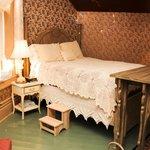 Carnahan Suite