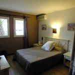 chambre hotel Le grillon