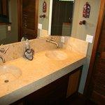 Anniversary Suite Bathroom