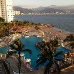 Pool and Ocean View Room 735