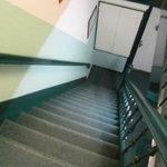 scalinata per raggiungere le camere