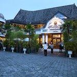 Sekar Kedhaton Hotel & Restaurant