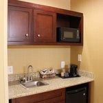 Microwave/Fridge in king suite