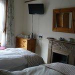 Room 2 - twin en-suite room
