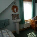 Room 5 - standard single room