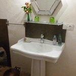 salle de bain chambre du bout