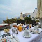 Breakfast with caldera view