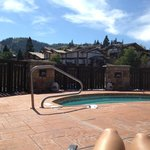hot tub at the pool. pretty mountain view!