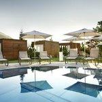 Hotel Sonnhof Außenpool Wellnessbereich