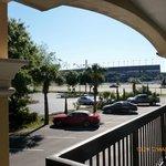 Le circuit automobile de Daytona depuis le balcon de la chambre