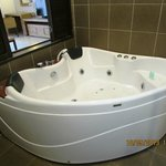Jacuzzi in Guest Room
