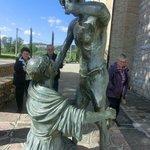 Statua Bronzo incontro San Francesco con lebbroso