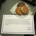 welcome cookies in room