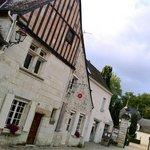 Cote Cour just infront of Chateau Azay Le Rideau