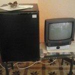 Frigobar e piccolo televisore