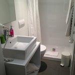 A clean bathroom.