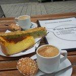 flan, sicilien et café délicieux