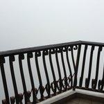 balcony - kabus pagi