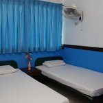 non aircondition room 2pax 2beds