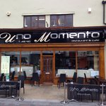 Uno Momento Restaurant & Cafe