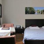 Room 3 - spacious!