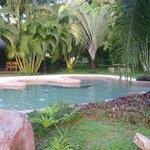 La piscina es preciosa