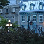 Front street view of Manoir d'Auteuil