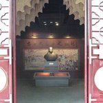 Entrance and a shrine to Heavenly King Hong Xiuquan