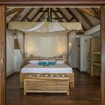 Villas located on the beautiful, secluded South Beach have air-conditioning in the sleeping area