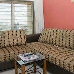 Photo de Dream Home Serviced Apartment Bunder Road Malad West