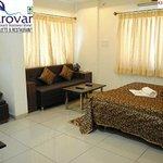 Hotel Mansarovar Luxury Business Hotel