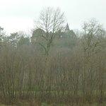 Le château vu de la route.