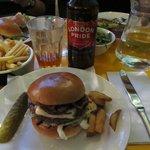 Roquefort Burger