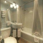 Coronado Suite Bathroom