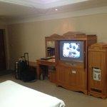 部屋のテレビはまだ液晶になってなかった(2013年5月)