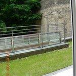 Вид на балкон из номера