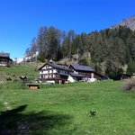 Hof Zuort im Tal Val Sinestra, nahe Bergperle