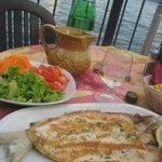 phantasieloser Gardaseefisch mit schlechtem Hauswein, aber Seeblick