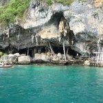 Phi Phi Island Trip 2010-Viking Cave