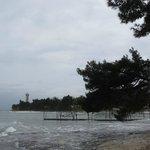 Вид со стороны пляжа