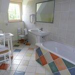 salle de bain gîte Basilou