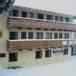 Enzian Hotel on Chamois